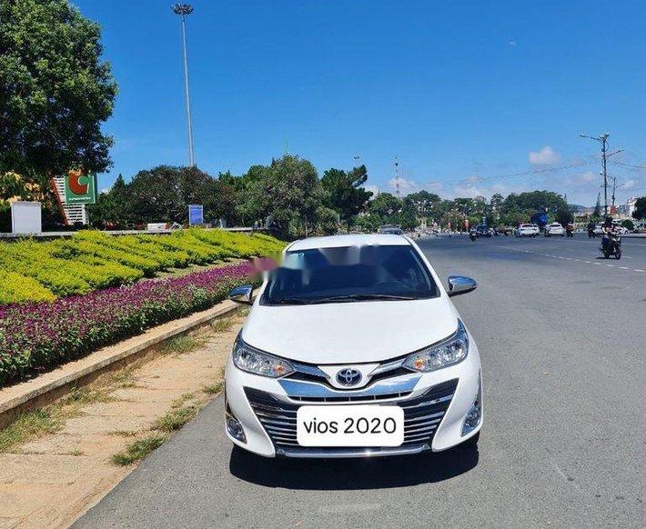 Cần bán lại xe Toyota Vios đời 2020, màu trắng  0