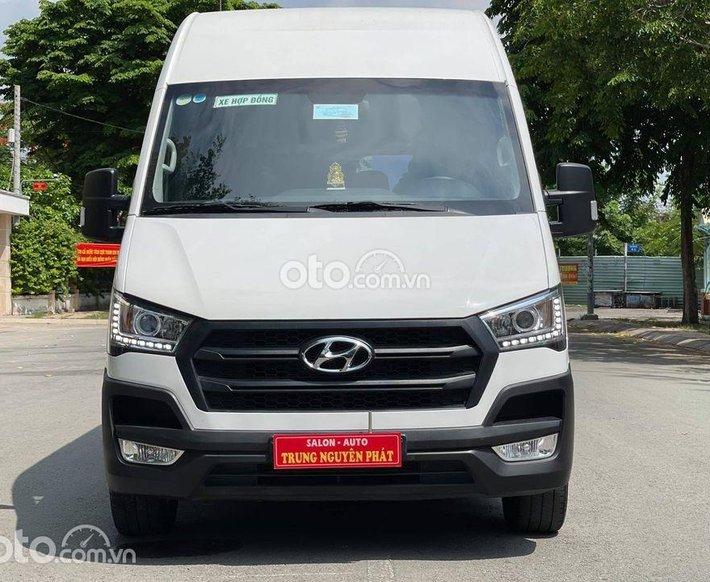 Cần bán lại xe Hyundai Solati năm 2018, màu trắng, giá chỉ 780 triệu0
