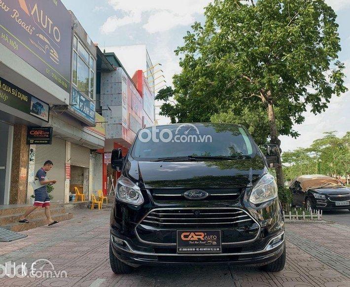 Bán ô tô Ford Tourneo sản xuất năm 2020, màu đen0