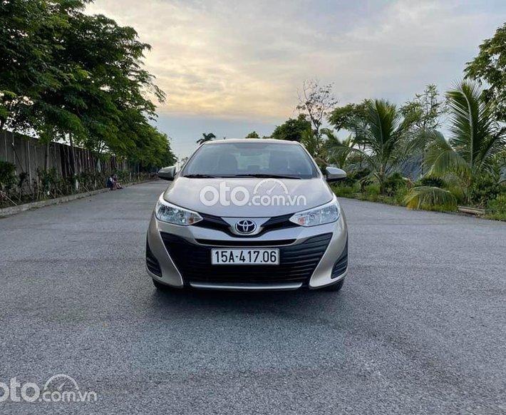 Cần bán Toyota Vios năm sản xuất 2018, màu ghi vàng, số sàn, giá chỉ 399 triệu0