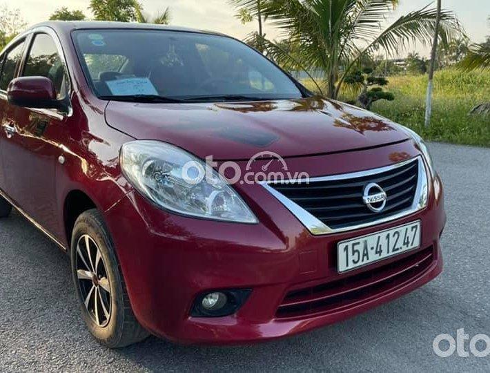Bán ô tô Nissan Sunny sản xuất năm 2015, màu đỏ số sàn, giá chỉ 238 triệu0