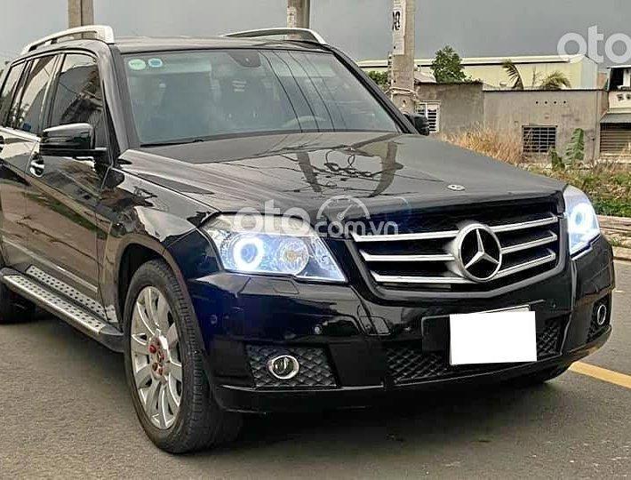 Cần bán xe Mercedes Benz GLK300 đời 2011, màu đen, xe nhập khẩu Mỹ, giá cạnh tranh0