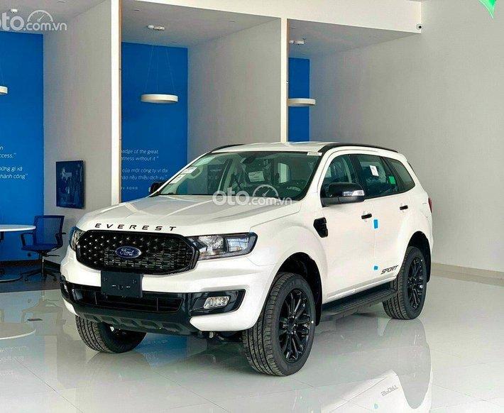 Cần bán Ford Everest 2021, màu trắng, nhập khẩu Thái Lan, hỗ trợ nhiều ưu đãi0