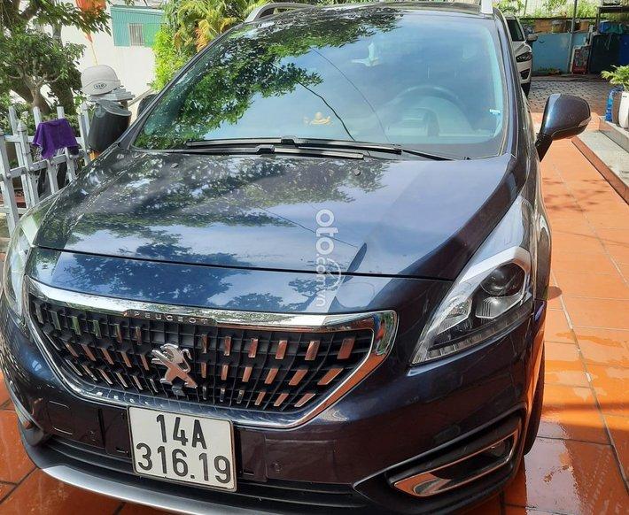 Cần bán Peugeot 3008 sản xuất 2018, giá 720tr0