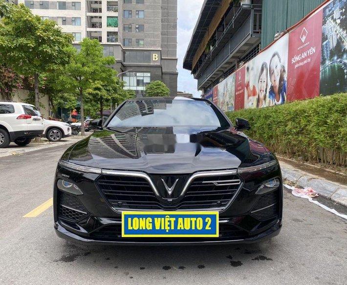 Bán ô tô VinFast LUX A2.0 đời 2020, màu đen chính chủ0