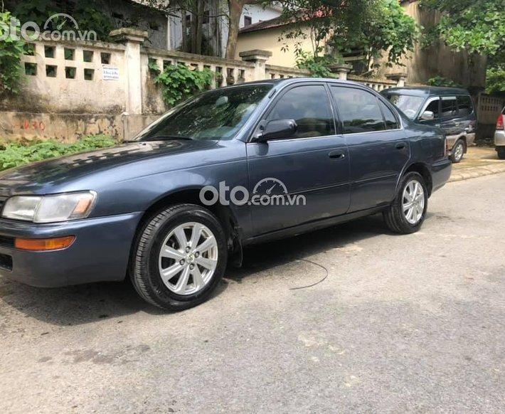 Bán Toyota Corolla 1997, nhập khẩu, gia gia đình giữ gìn0