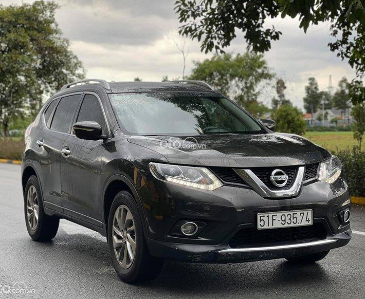 Bán Nissan X trail 2.0AT đời 2016, màu đen0