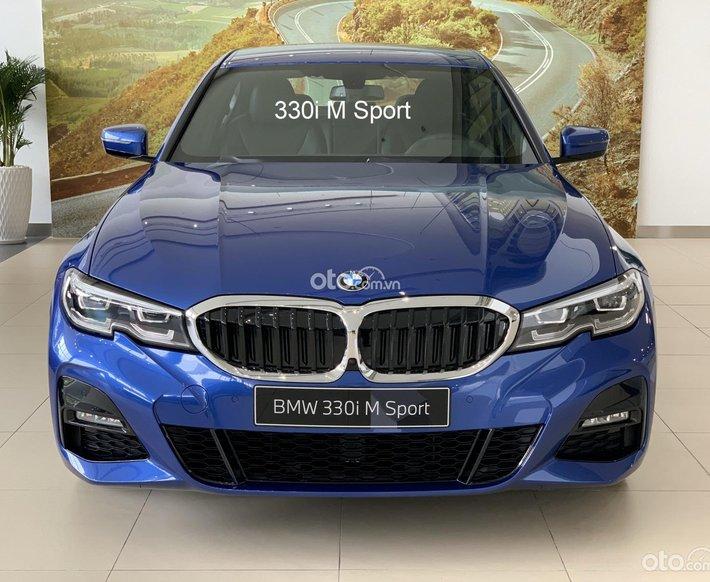 Bán xe BMW 330i M Sport 2021, nhập khẩu Đức, xe mới 100%, giá tốt hỗ trợ trả góp 80%0