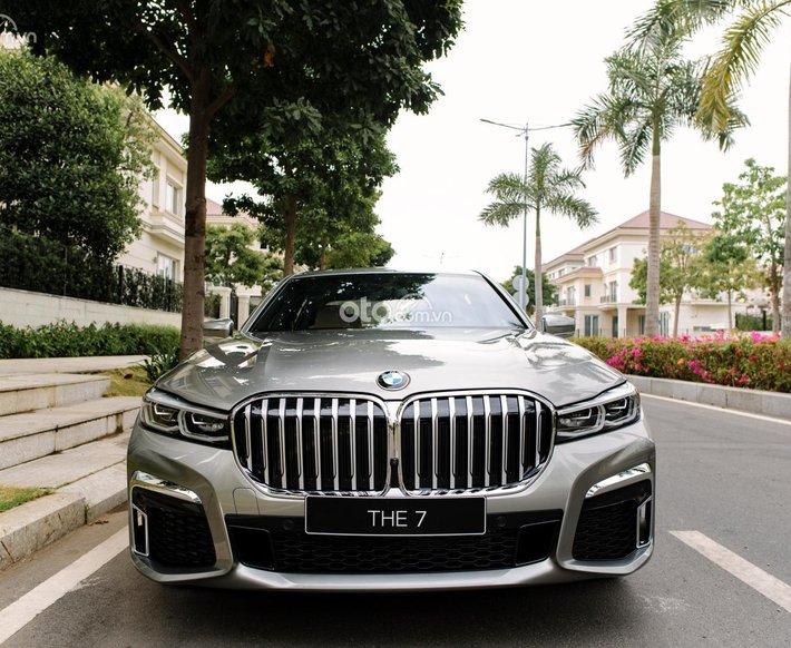 Bán xe BMW 730Li M Sport, nhập khẩu Đức, xe mới 100% giá tốt, hỗ trợ trả góp 80%0