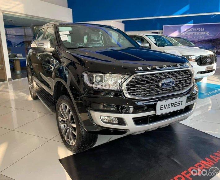 Ford Everest đủ màu sắc giao trong tháng0