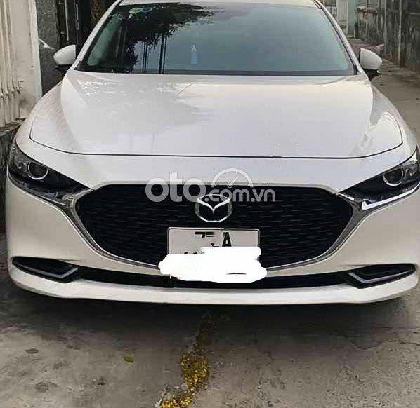 Cần bán Mazda 3 2020, màu trắng còn mới0