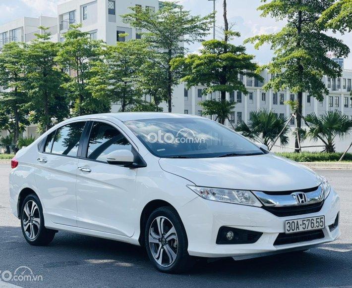 Bán xe Honda City đời 2015 màu trắng, còn rất mới, hỗ trợ trả góp 70%0