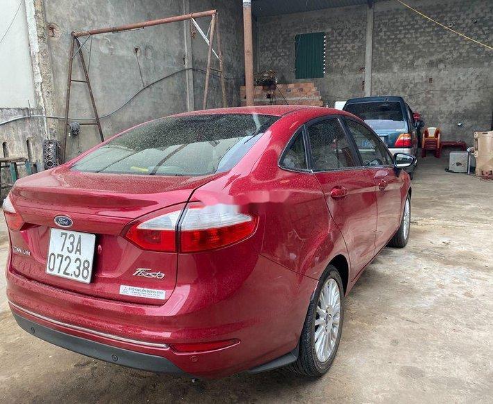 Bán xe Ford Fiesta đời 2017, màu đỏ còn mới0
