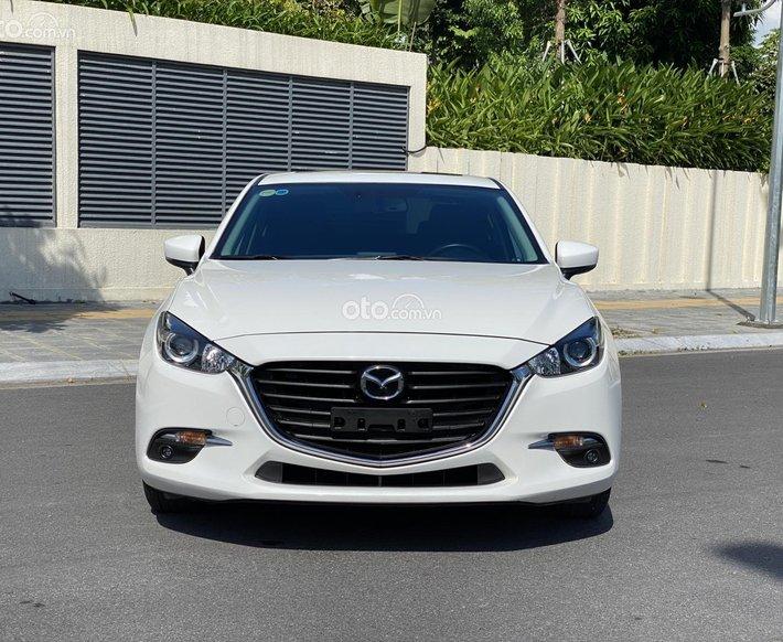 Cần bán Mazda 3 1.5AT 2018 năm 2018, giá 605tr0