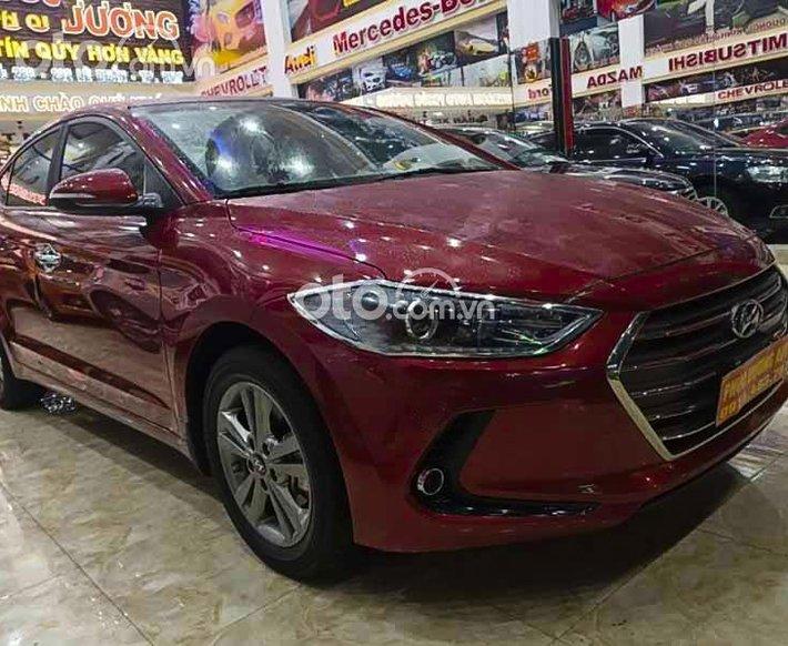 Bán Hyundai Elantra 2.0 AT năm 2019, màu đỏ còn mới giá cạnh tranh0