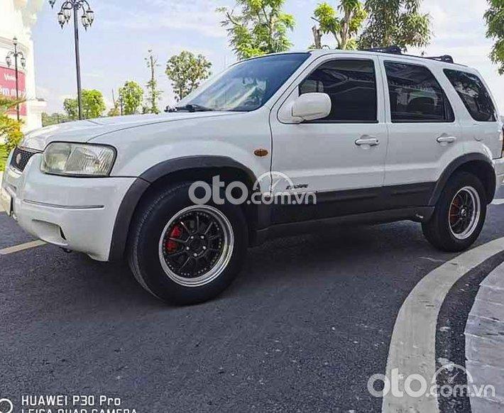 Bán Ford Escape 2.0 MT sản xuất 2003, màu trắng số sàn giá cạnh tranh0