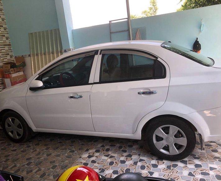 Cần bán lại xe Daewoo Gentra sản xuất năm 2007, màu trắng0