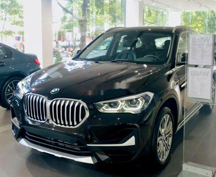 Cần bán xe BMW X1 sản xuất năm 2021, nhập khẩu0