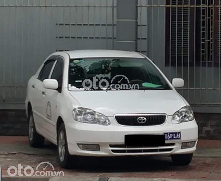 Bán Toyota Corolla 2002, màu trắng, giá rẻ bất ngờ0