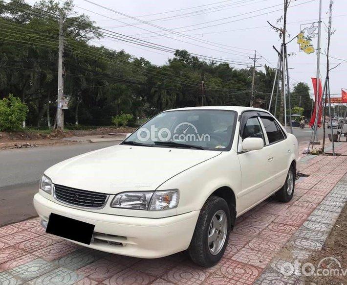 Bán Toyota Corolla 1998, màu trắng, xe nhập chính chủ, giá 105tr0