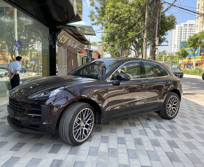 Bán ô tô Porsche Macan năm sản xuất 2021, màu nâu, xe nhập0