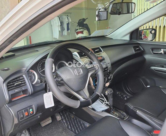 Bán xe Honda City đời 2013, đăng ký lần đầu năm 20140
