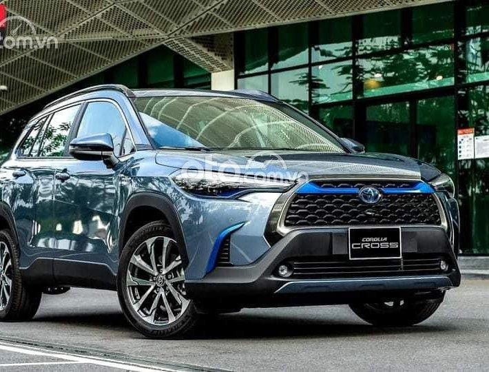 Xe Toyota Corolla Cross 1.8 V 2021, màu xanh lam0
