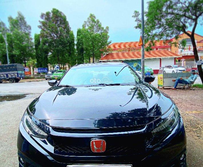 Bán ô tô Honda Civic 1.5L VTEC Turbo sản xuất năm 2017, giá tốt0