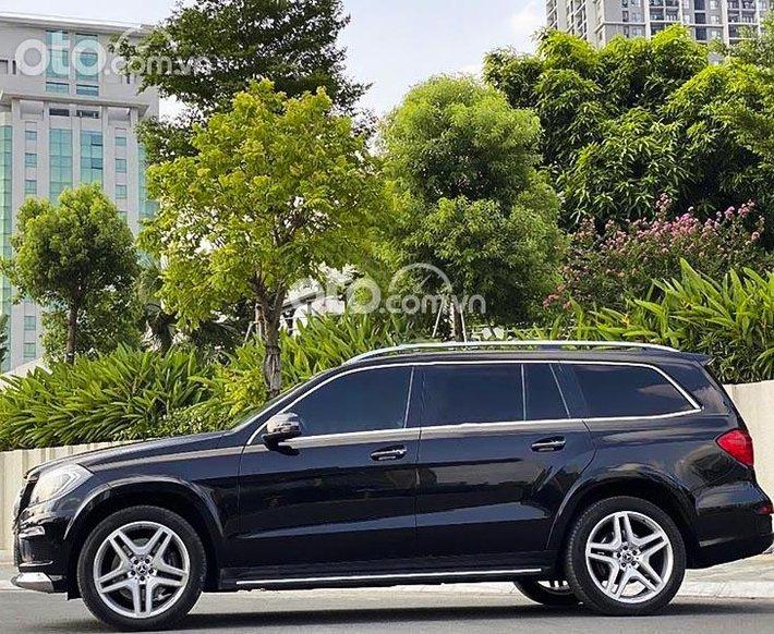 Xe Mercedes GL500 năm sản xuất 2014, màu đen, nhập khẩu nguyên chiếc còn mới0