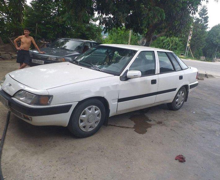 Bán Daewoo Espero đời 1998, màu trắng, nhập khẩu, 27tr0