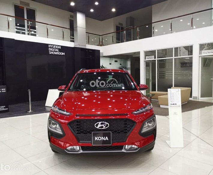 [Kona giá tốt] Hyundai Kona 2021, nhận xe với 230 triệu. hỗ trợ 85% bank, xe sẵn đủ màu giao ngay0