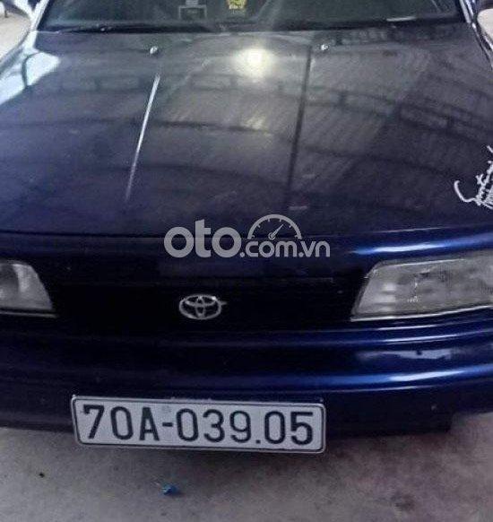 Cần bán lại xe Toyota Camry đời 1990, màu xanh lam, nhập khẩu0