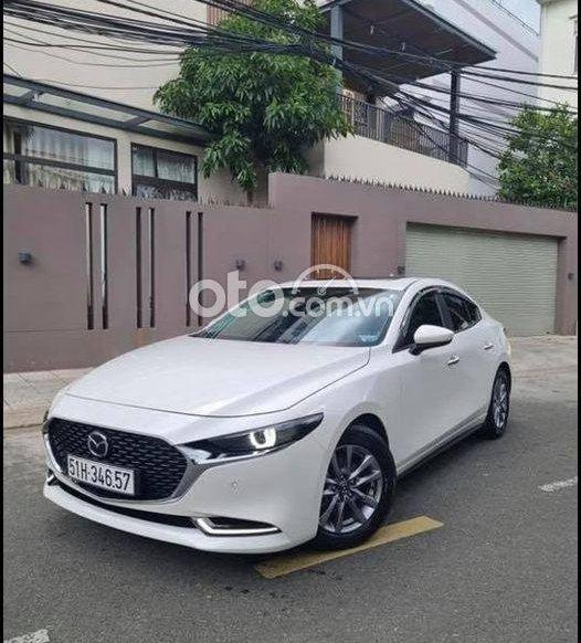 Bán Mazda 3 sản xuất 2020, màu trắng, giá tốt0