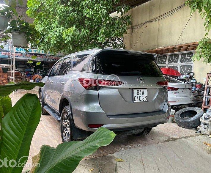 Bán ô tô Toyota Fortuner năm sản xuất 2018, màu bạc, hỗ trợ trả góp0