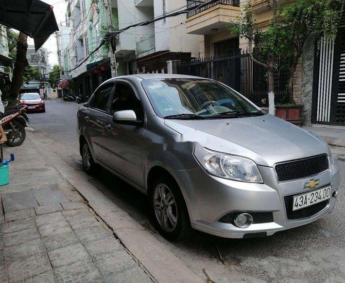 Cần bán Chevrolet Aveo đời 2016, màu bạc 0