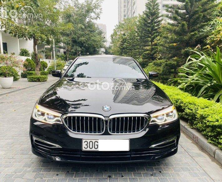 Bán xe BMW 530i sản xuất 2018, màu đen0