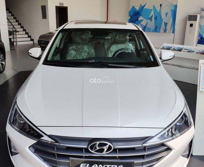 Hyundai An Khánh 3S bán Elantra - KM trực tiếp tiền mặt + phụ kiện chính hãng - hỗ trợ trả góp 85% - sẵn xe giao ngay0
