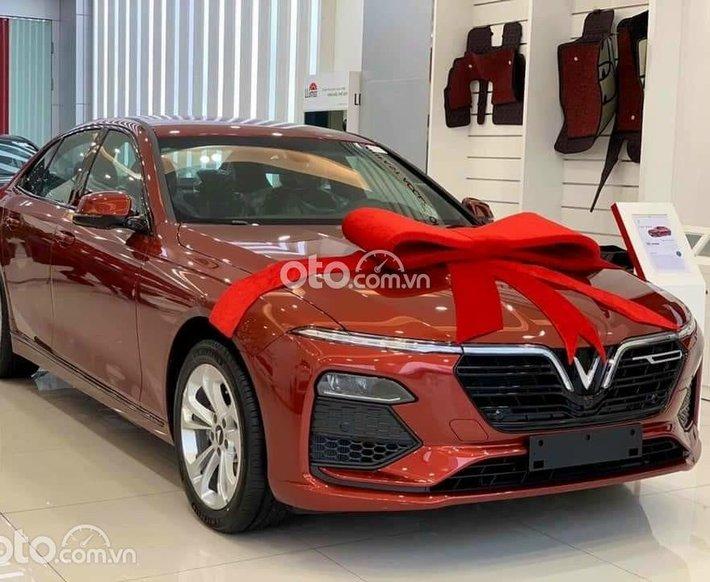 Vinfast Lux A2.0 tiêu chuẩn giá chỉ từ 881tr - xe có sẵn, đủ màu - Tặng 3 năm bảo dưỡng miễn phí0