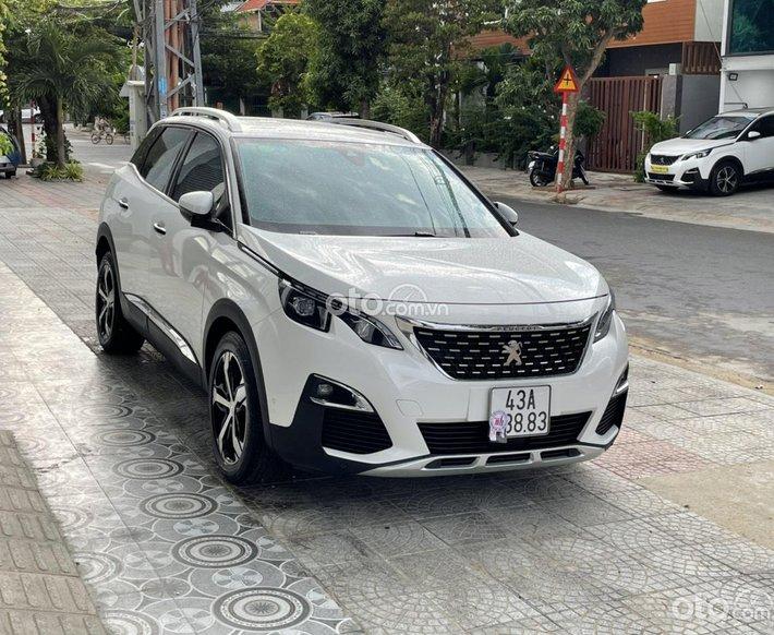 Cần bán xe Peugeot 3008 năm 2018 giá cạnh tranh0