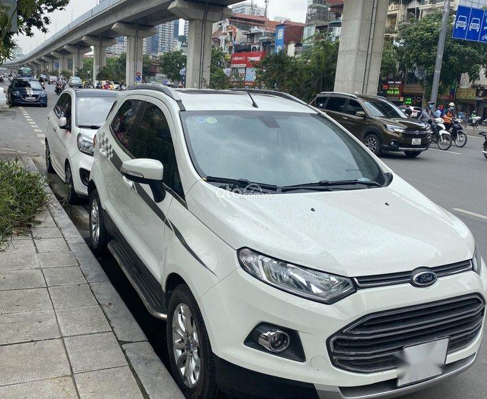 Cần bán xe Ford EcoSport 2015, màu trắng, xe nhập chính chủ, giá 395tr0