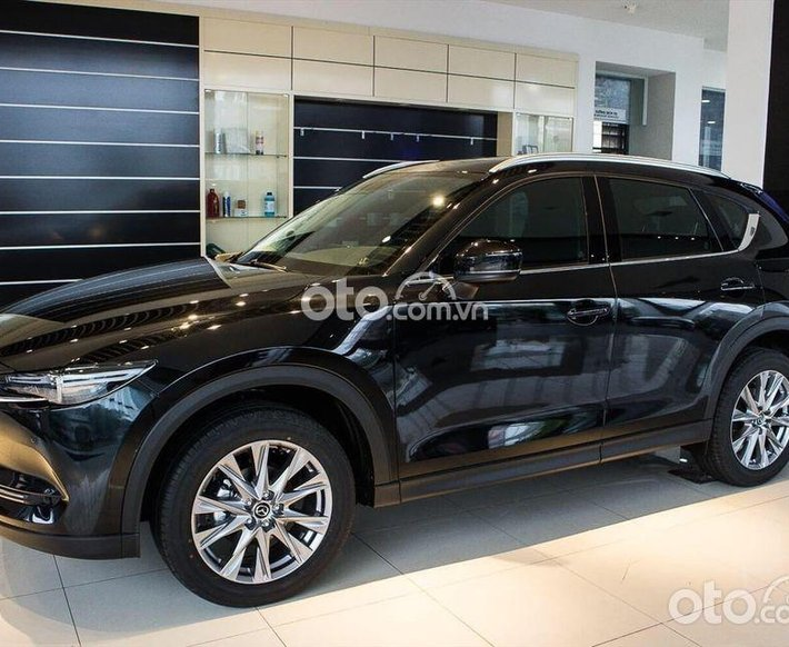 Cần bán Mazda CX 5 Signature Premium 2WD năm 2021, màu đen0