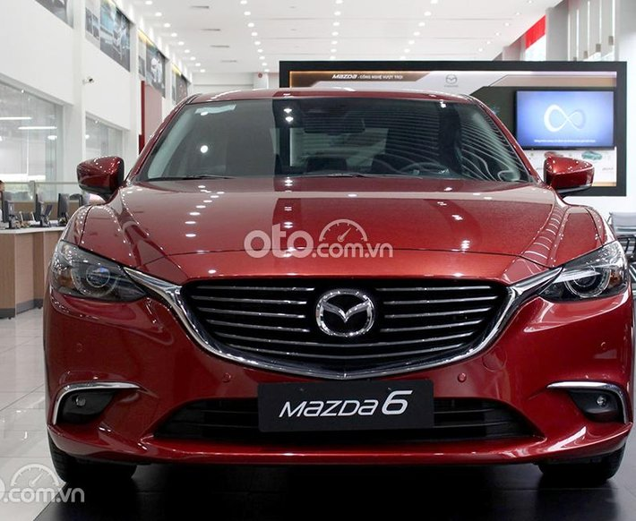 Bán ô tô Mazda 6 Deluxe sản xuất 2021, màu đỏ, 819 triệu0
