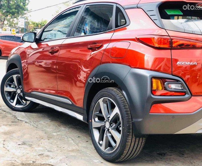 Hyundai Kona 2.0AT đặc biệt khuyến mãi lớn nhất năm, lãi suất 0%năm đầu dành cho xe Kona0