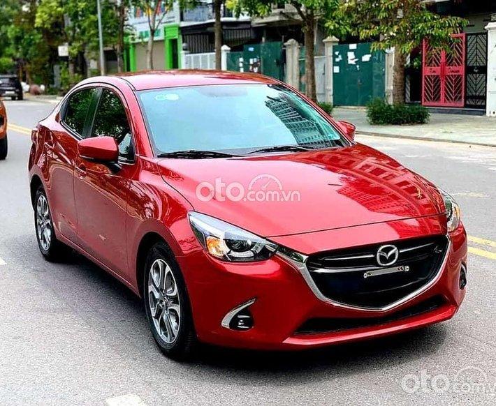 Cần bán Mazda 2 năm sản xuất 2019, màu đỏ tươi giá cạnh tranh0