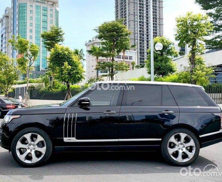 Cần bán xe LandRover Range Rover năm sản xuất 2015, màu đen, xe nhập như mới0