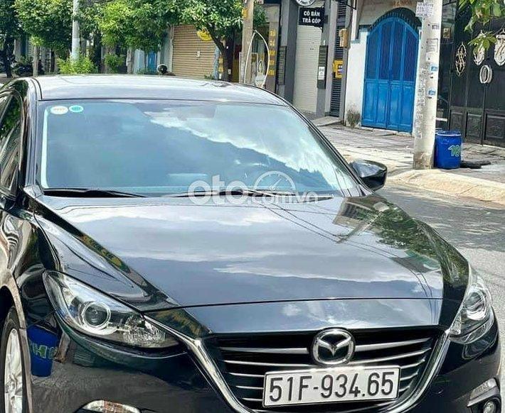 Cần bán xe Mazda 3 đời 2016, màu đen0