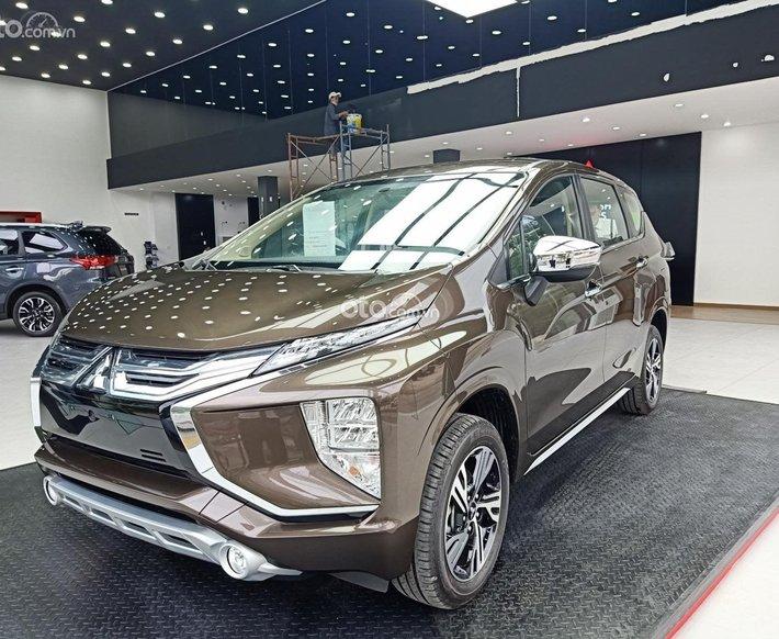 Cần bán Mitsubishi Xpander AT 2021, màu nâu, xe nhập0