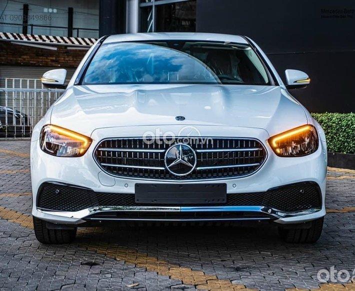 E180 Facelift sx 2021 trắng, nội thất nâu - lướt 500km -  Mercedes An Du chính hãng0