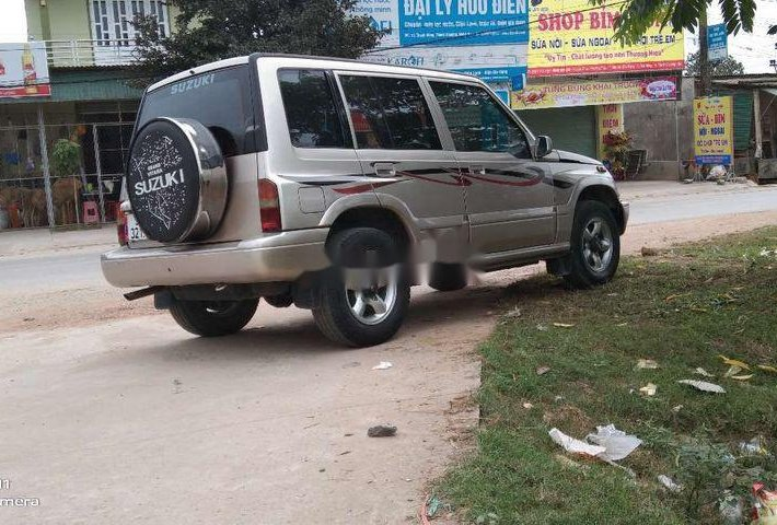 Cần bán xe Suzuki Vitara đời 2004, màu bạc 0
