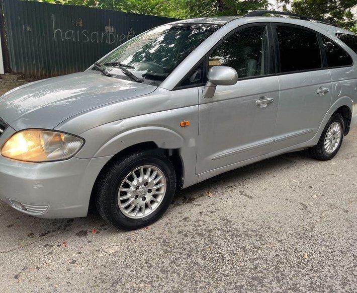 Cần bán xe Ssangyong Stavic năm sản xuất 2009, xe nhập, giá tốt0